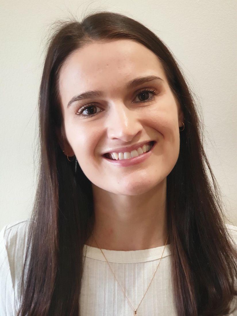 Dr Julia Coote